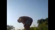 من در زمین کشاورزی