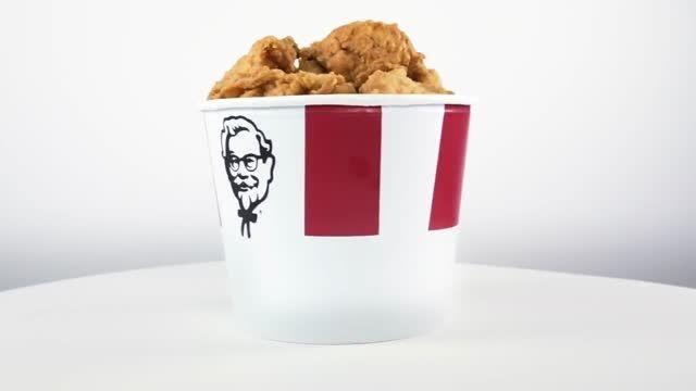 سبدهای مخصوص KFC مخصوص سالگرد 60 سالگی