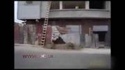 ملات بردن کارگر ساختمانی به طبقه چهارم به شیوه