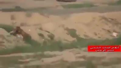 انهدام خودروی مخوف داعش قبل از انجام عملیات انتحاری