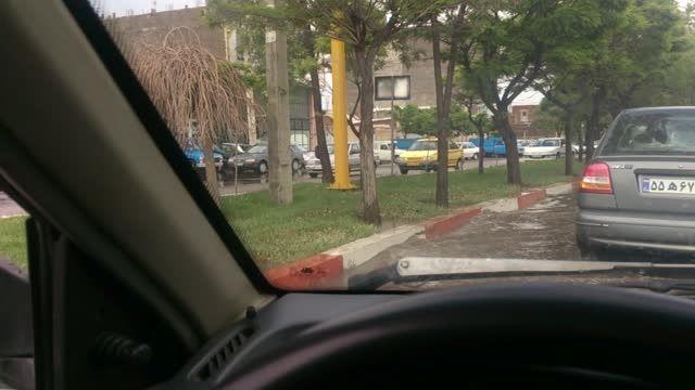 آب گرفتگی خیابان به دنبال بارش باران در اردبیل