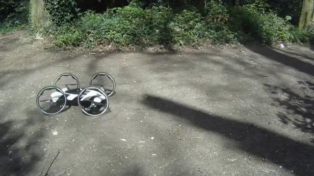 ماشین پرنده (ترکیب کواد کوپتر با ماشین کنترلی)