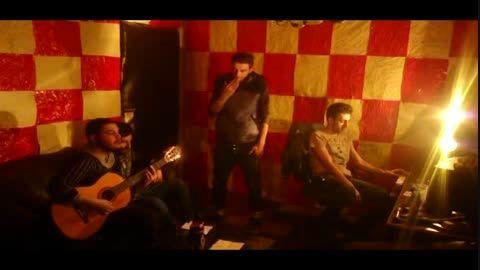 اجرای زنده(Free)بعضی وقتها از احسان ال پی وامیدطهماسبی