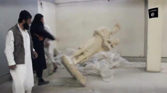 تخریب آثار باستانی توسط داعش