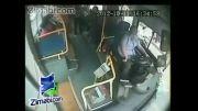شکار لحظه مرگ راننده اتوبوس در حین رانندگی توسط دوربین