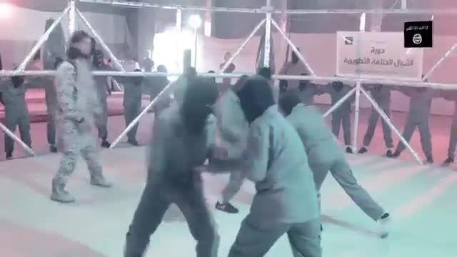 آموزش کودکان داعشی در قفس