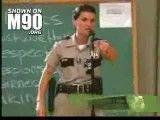 حرکت جالب پلیس زن در امریکا (کامنت یادتون نره)