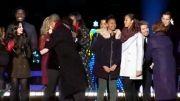 رقص اوباما و دخترانش در جشن کریسمس