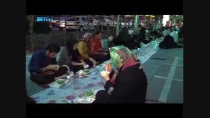 سفره افطار خیابانی در تهران