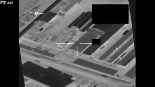 بمباران هوایی مراکز داعش