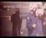 کتک خوردن  مرد بحرینی در جلو همسرش و دفاع همسرش