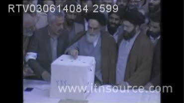 شرکت امام خمینی (ره) در رای گیری انتخاباتی