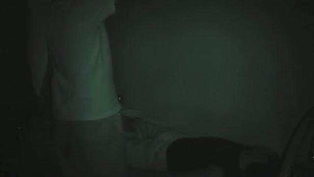 شبح واقعی سرگردان بر روی نوار در مار کیج فیلم های ترسنا