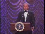 جرج بوش قلابی  رو بروی خودش و زنش