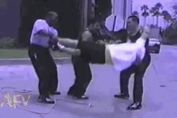استفاده از انسان بجای طناب!!!!!!