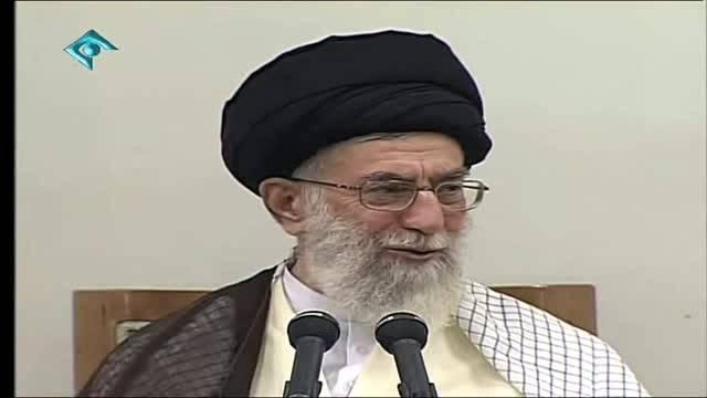 کنایه رهبری به چهره احمدی نژاد در حضور مسئولین
