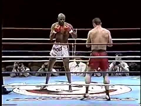 مبارزه اَندی هوگ و اِرنستو هوست 1995