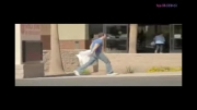 جنگ بالش در خیابان