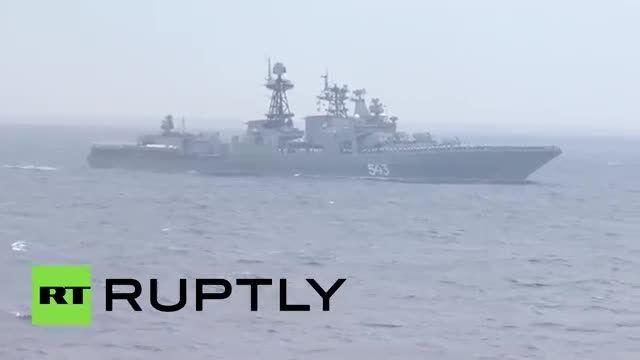 مانور مشترک ارتش های روسیه و چین در دریا