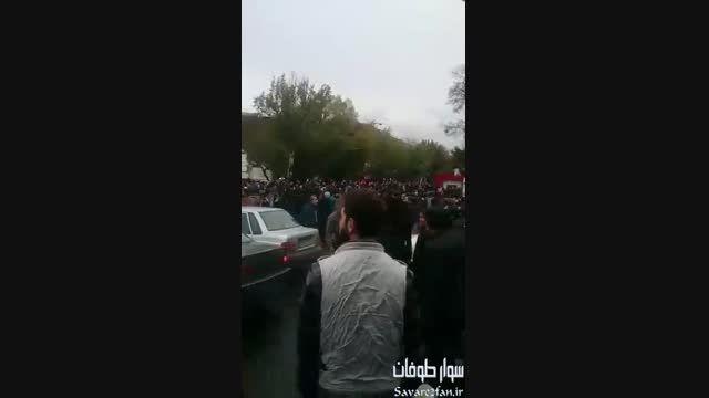 تظاهرات مردم تبریز در پی اهانت برنامه فیتیله به ترک ها!