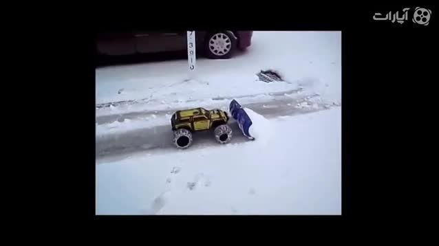 پارو کردن برف