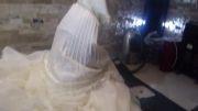نماز خواندن عروس با لباس عروس در آتلیه