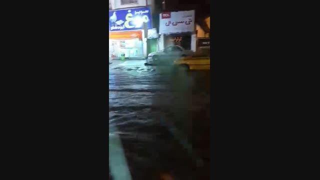 بارش باران و آب گرفتگی معابر ایزدشهر