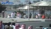 گردن زدن با شمشیر در کشور عربستان!/دلشو نداری نبین!