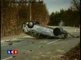 تصادف با ماشین واژگون شده