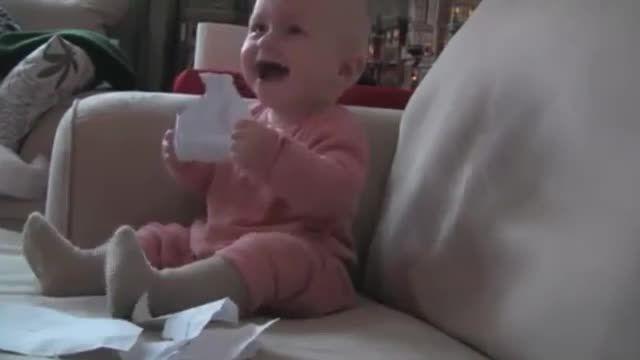 کلیپ کامل خنده بچه های سراسر دنیا!
