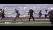 ضرب وشتم دختران توسط پلیس ترکیه