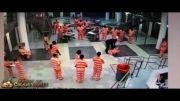 دعوای وحشتناک زندانی و زندانبان !!