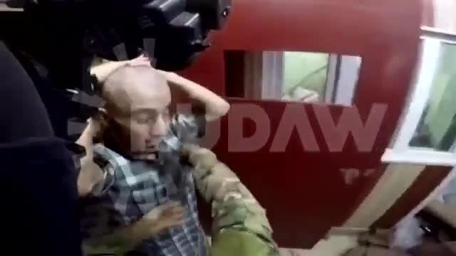 انتقال 2 سرکرده داعش به محلی نامعلوم + فیلم