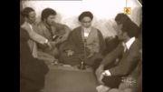امام خمینی:امریکا نظامی نمی آورد/امریکا نویسنده می اورد