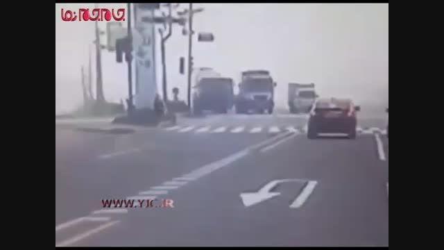 میکسر بتن خودرو را له کرد فیلم تصادف گلچین صفاسا