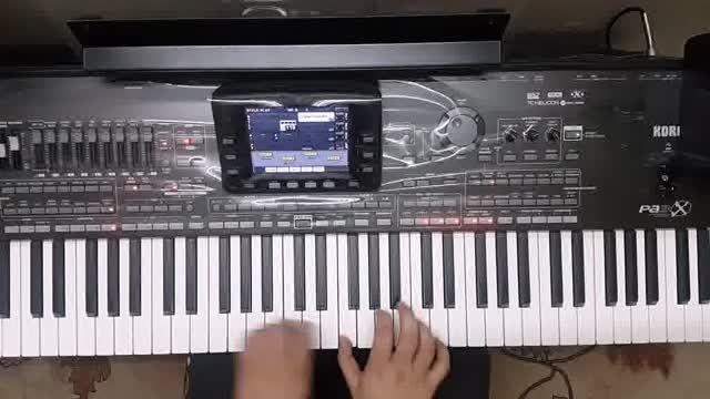 """تک نوازی پیانو، کاری از خواننده محبوب """"معین"""""""