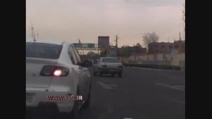 تعقیب و گریز پلیس با خودروی مزدا 3 درپایتخت!!!!