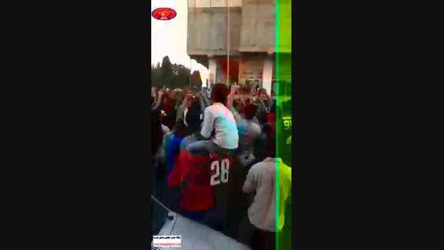 کارناوال شادی در خیابان  های قائمشهر بعد برد بازی نساجی