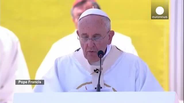 پاپ: گویی جنگ جهانی سوم در همه جای دنیا جریان دارد