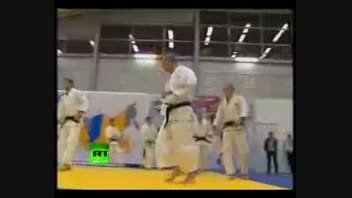 دست یابی ولادیمیر پوتین به دان 8 کاراته