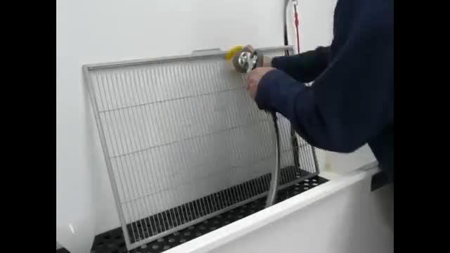 تشریح روشهای تمیز کردن قفس طوطی سانان