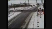 تصادف مرگبار کامیون و دو قطار
