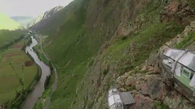 هتلی خاص در ارتفاع ۴۰۰ متری ...