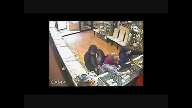 دزدی ۵۴ هزار پوندی از جواهر فروشی بدون اسلحه گرم یا سرد