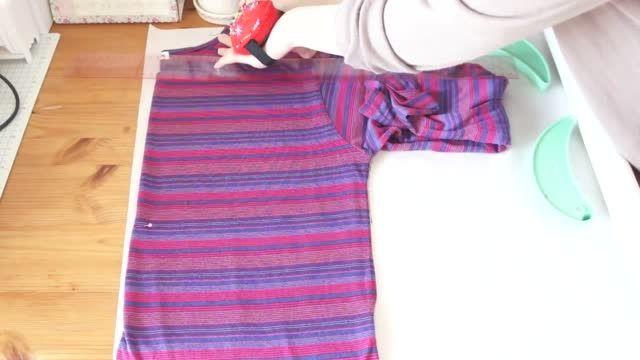 دوختن پیراهن زنانه از لباس های سایز بزرگ