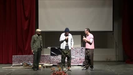 طنز دیوار کج (جواد کاظمی و اسلام عزتی)به زبان آذری