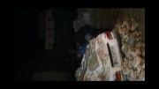ریزش آوار بر روی ماشین در زلزله برازجان