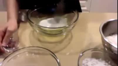 طرز تهیه شیرینی نارگیلی . آموزش تصویری