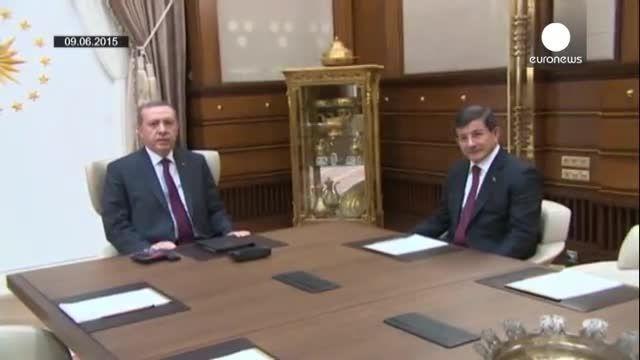 ترکیه؛ انصراف احمد داود اوغلو از تشکیل دولت جدید