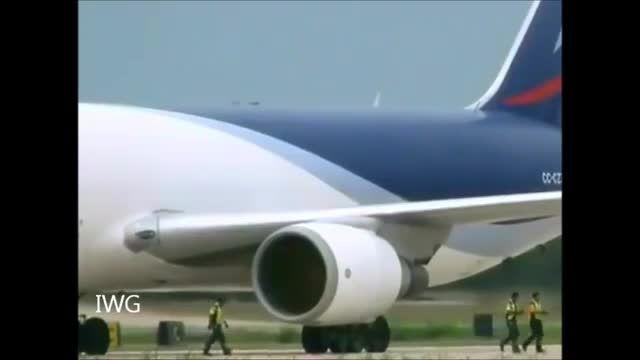 بلعیدن خدمه توسط موتور غول پیکر جت در فرودگاه دبی